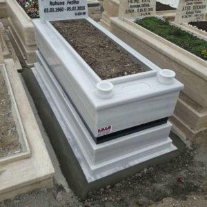 Ankara Polyster Mezar Fiyatları