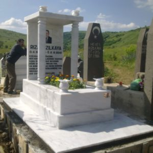 Değişik Özel Tasarım Mezarlar Ankara