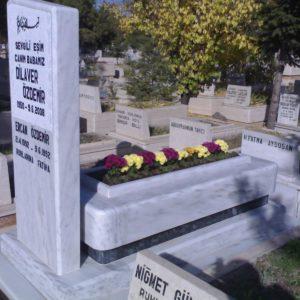 Karşıyaka Mezarlığı özel Tasarım Mezarlar