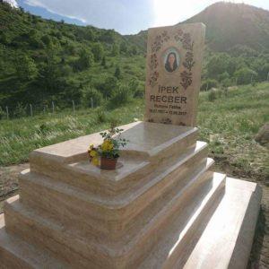 Kat Kat özel Tasarım Mezar