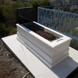 Beyaz Mermer Blok Mezar