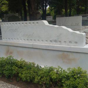 Lale Memer Granit Film şeritli Mezar Taşı